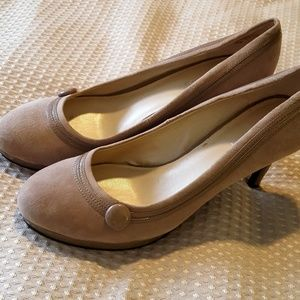Nine West heels - size 7 1/2m - taupe